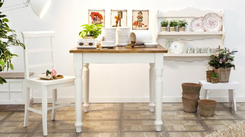 Tavolo bianco