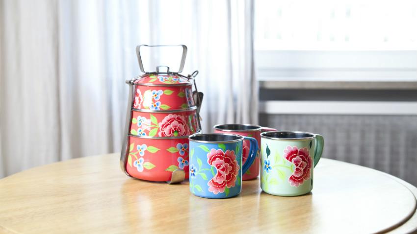 Barattoli di latta multiuso e personalizzabili dalani e ora westwing - Barattoli cucina colorati ...