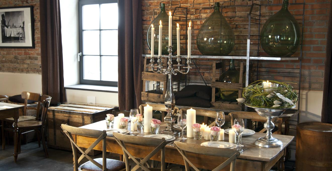 WESTWING | Tavolo da cucina antico: la magia del legno