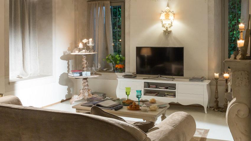 Salotto Shabby Chic: mobili e decorazioni romantiche ...