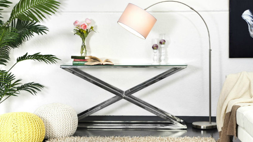 Tavolino in acciaio