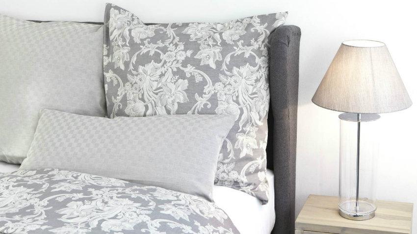 Cuscini lunghi largo al comfort dalani e ora westwing - Cuscini lunghi per letto ...