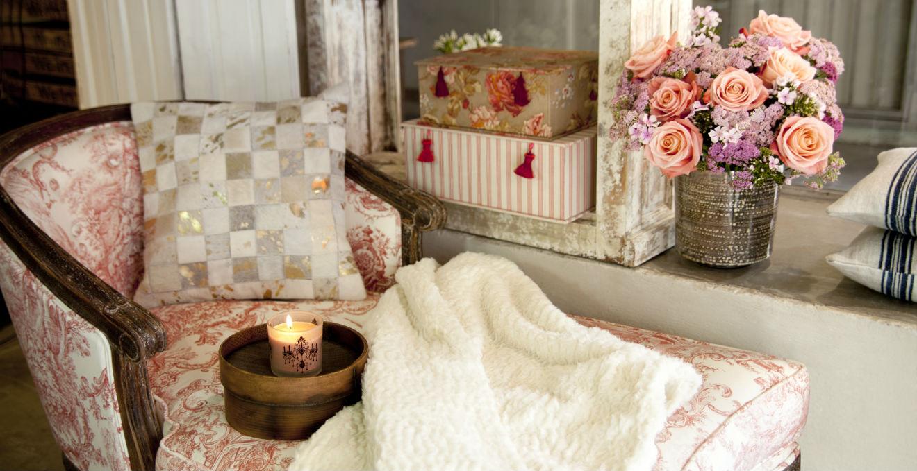 Cassapanca decorata mettere ordine con stile dalani e - Cassapanca decorata ...