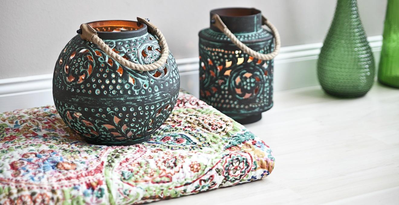 Lanterne in ceramica per un illuminazione con stile dalani e