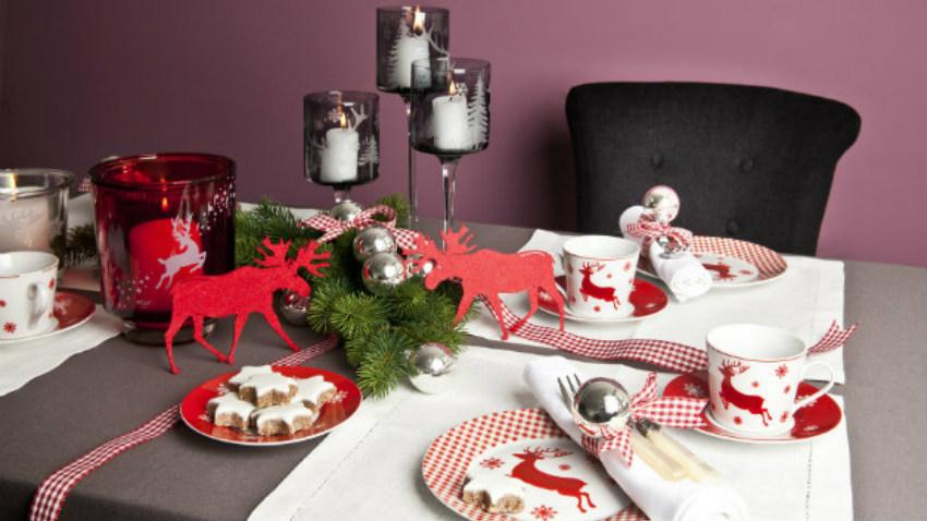 Servizio di piatti natalizi