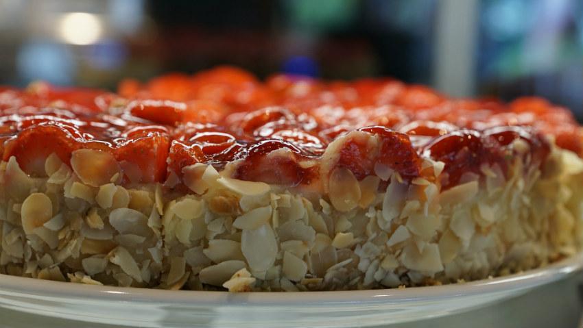 Tortiera rettangolare dolce accessorio da cucina dalani - Utensili da cucina per dolci ...