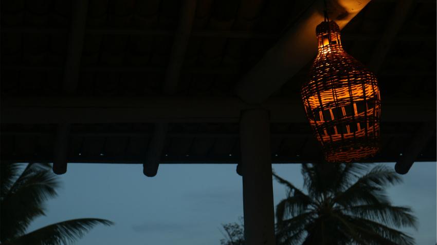lampadari da esterno per illuminare la notte dalani e