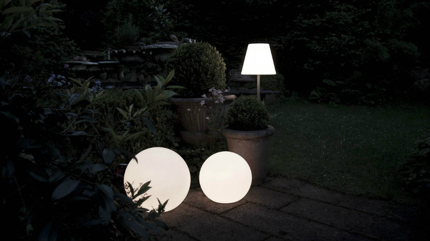 Plafoniere Da Esterno Guzzini : Lampade da esterno a led luci nella notte dalani e ora westwing