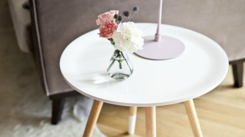 Tavolino in legno salotto di stile dalani e ora westwing for Offerte mobili salotto