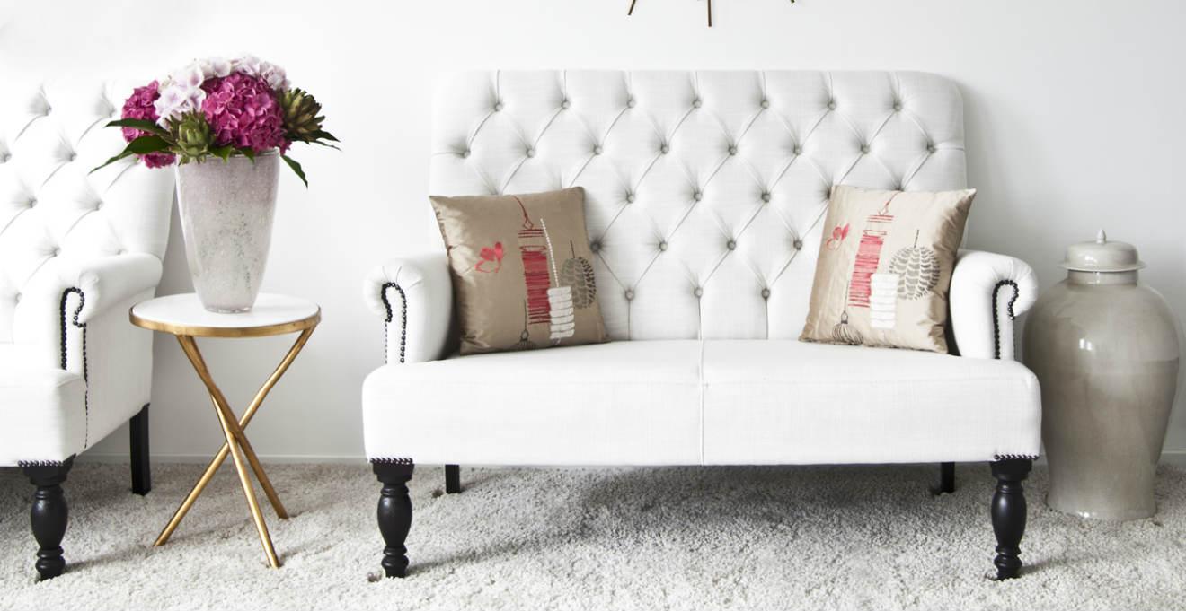 Divano letto in ecopelle per il rispetto dell 39 ambiente for Mobili design occasioni divani