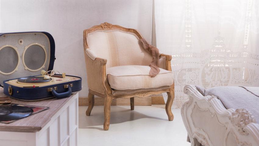 DALANI | Poltrona Luigi XVI: per il soggiorno elegante
