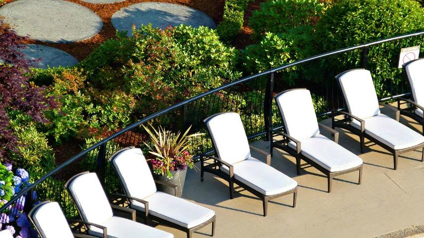 Chaise longue da esterno per esterni eleganti dalani e - Chaise longue da esterno ...