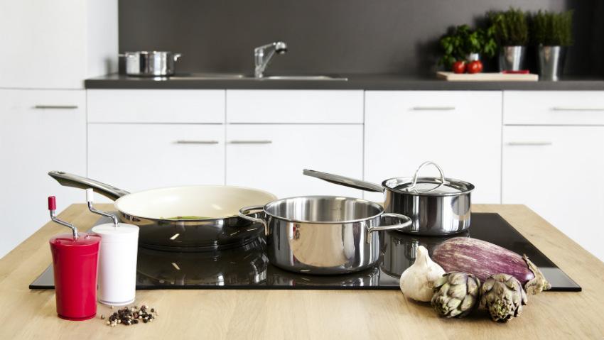 Coprifornelli in vetro eleganza e praticit in cucina - Pinze per cucina ...