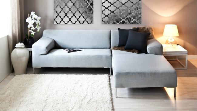 Consigli e spunti per arredare un soggiorno grigio - Tappeto grigio chiaro ...