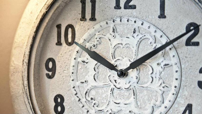 Orologi antichi da parete: tradizione ed eleganza - Dalani e ora ...