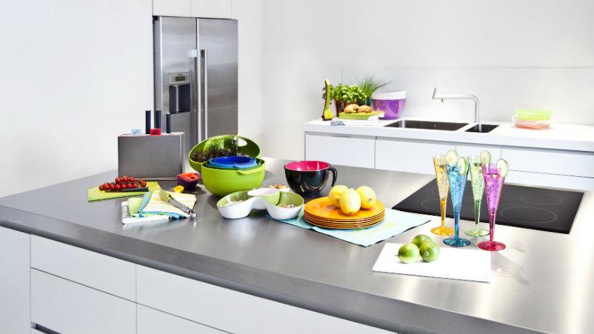 Adesivi per il frigorifero colore in cucina dalani e for Adesivi per mattonelle da cucina