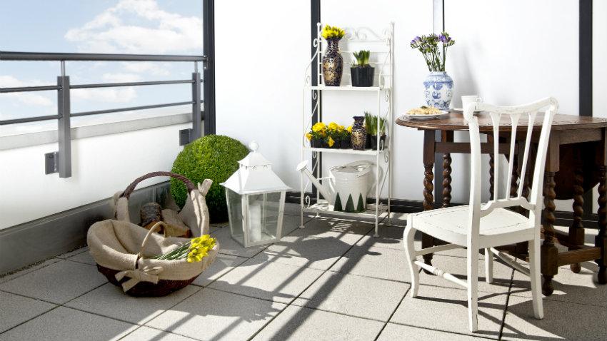 Tavoli da terrazzo: eleganti mobili da esterno - Dalani e ora Westwing