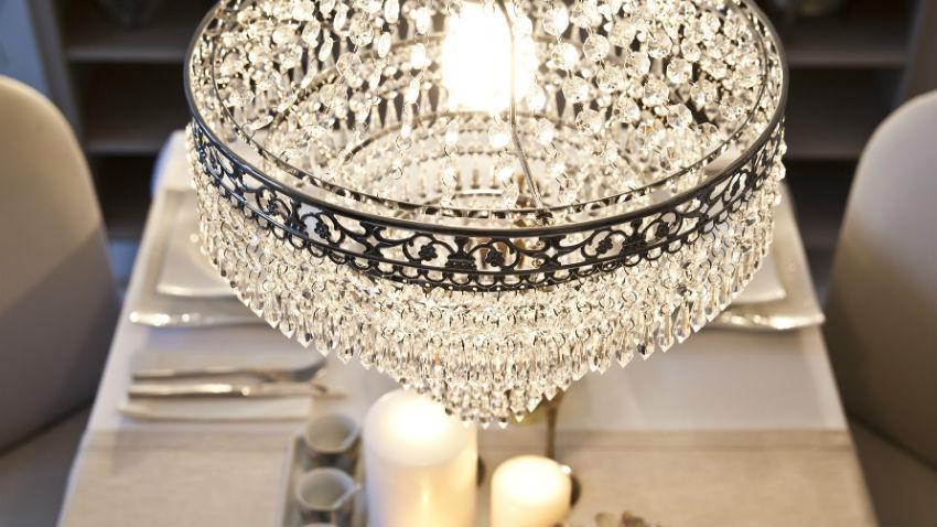 Lampadari in cristallo per illuminare con stile dalani for Foto lampadari moderni