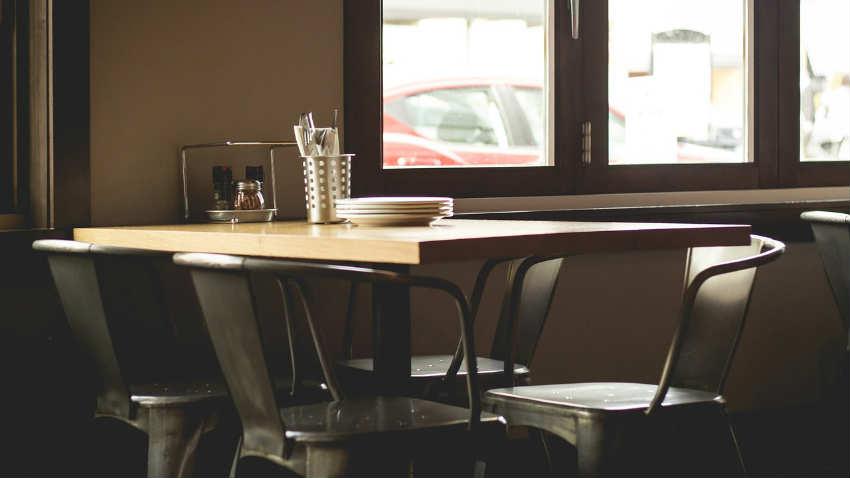 Sedie In Metallo Da Cucina : Sedie industriali per la cucina e il salotto dalani e ora westwing