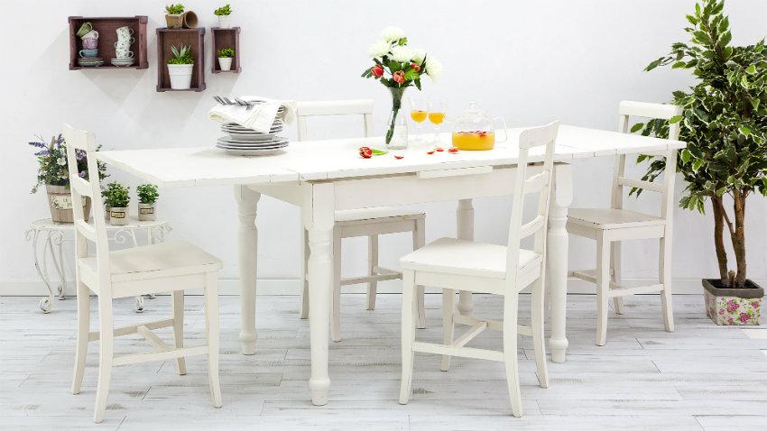 Sedie in legno bianche sedute chic e raffinate dalani e for Sedie bianche