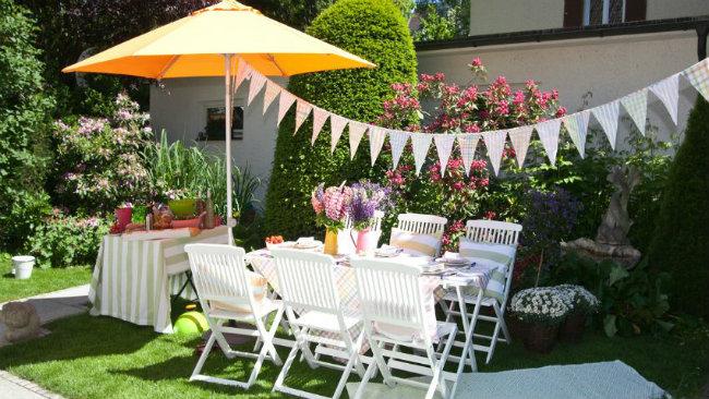arredare la casa in campagna tavolo outdoor