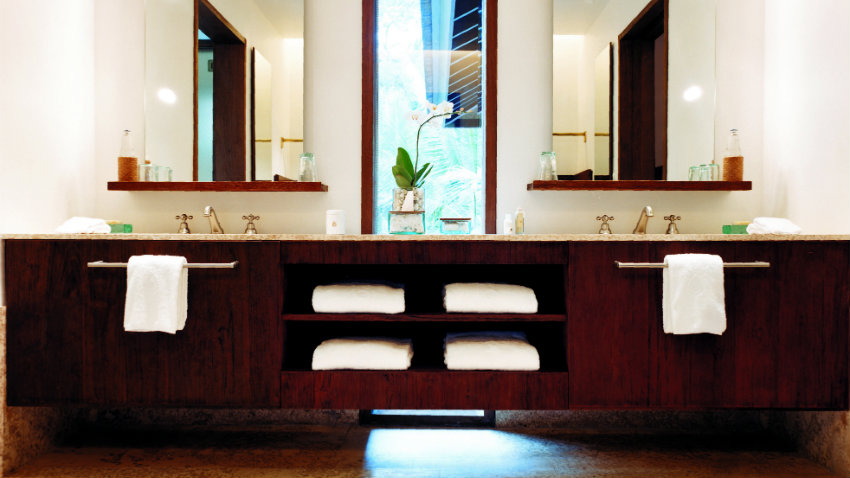 Mobile bagno per lavatrice eleganza e praticit dalani e ora westwing - Mobile bagno con lavatrice ...