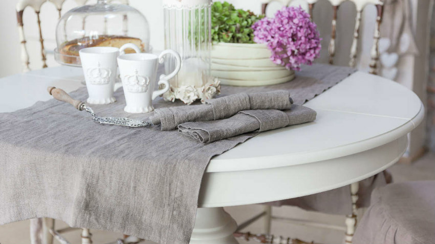 WESTWING | Tavolo bianco decapato: stile shabby chic