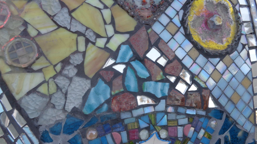 Tavolo Da Giardino In Ferro E Mosaico.Tavolo Mosaico Giardino Arbeggiante Dalani E Ora Westwing