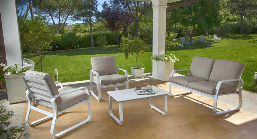 Giardini moderni idee e spunti la tua oasi verde dalani - Piccoli giardini moderni ...