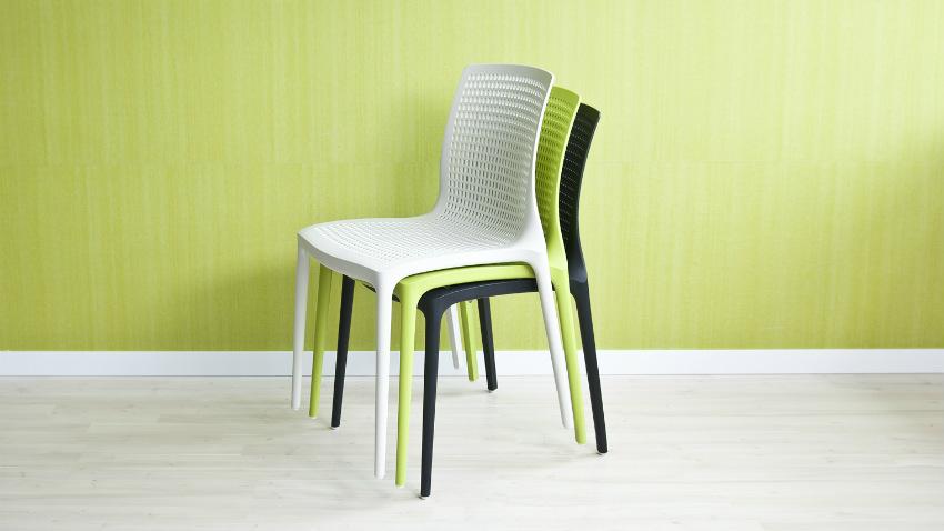 Best sedie impilabili economiche images acrylicgiftware for Sedie bar economiche