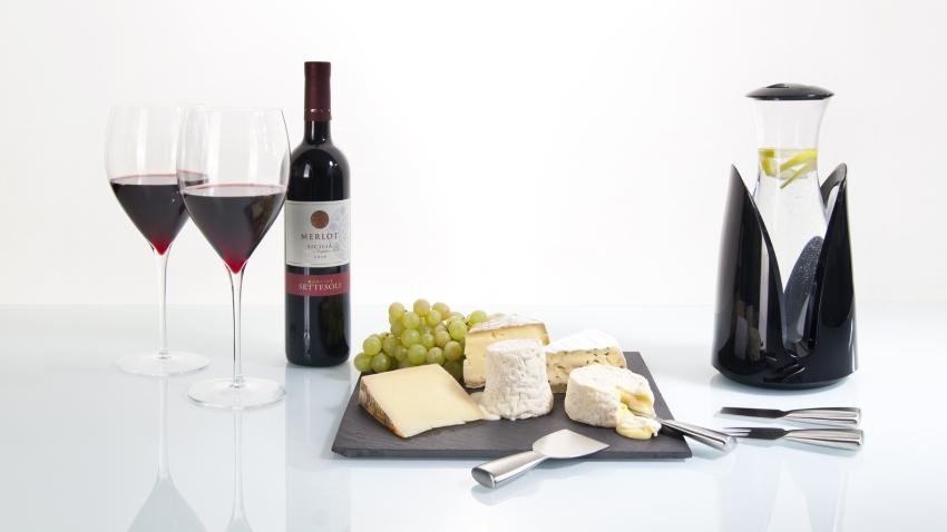 Rieten wijnrek