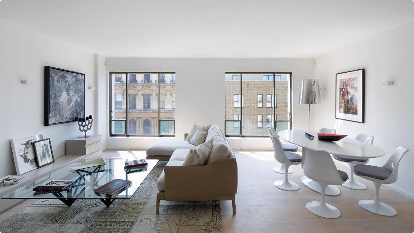 Een strakke design salontafel, hier tot 70% korting | Westwing