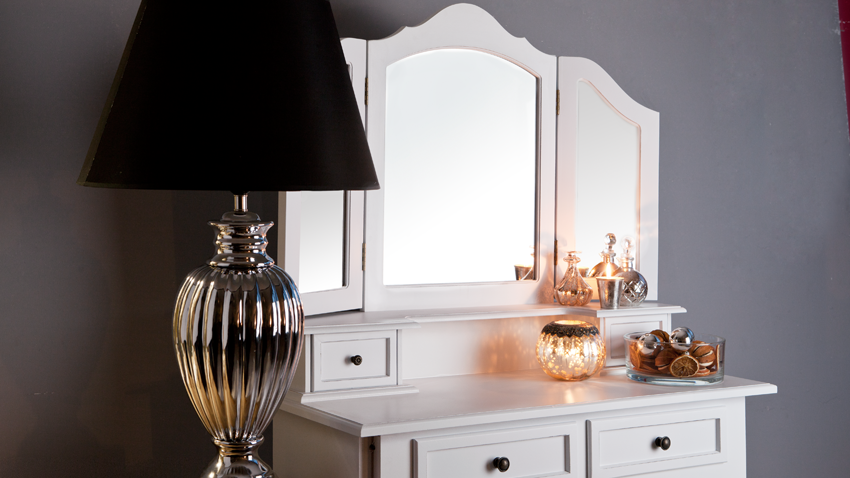 Shop hier je drieluik spiegel met kortingen tot 70 westwing - Schminkspiegel mit lampen ...