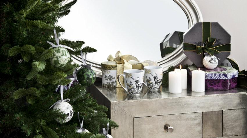 Vind je stijlvolle zilveren spiegel hier met korting for Ronde plakspiegel