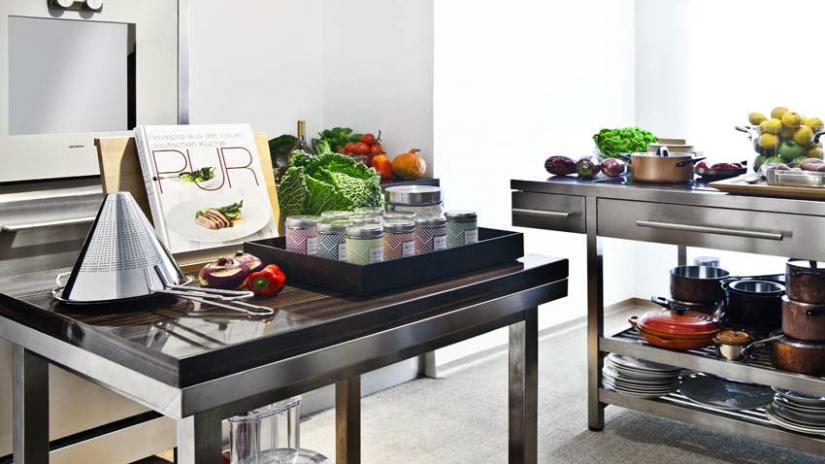stół kuchenny metalowy