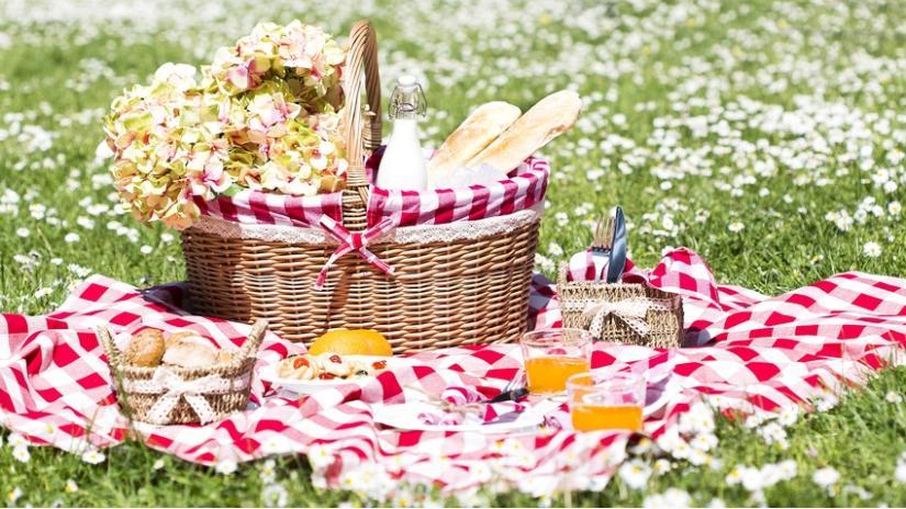 koc piknikowy biało-czerwony