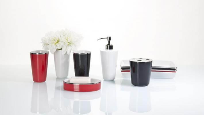 nowoczesne łazienki kolorowe akcesoria
