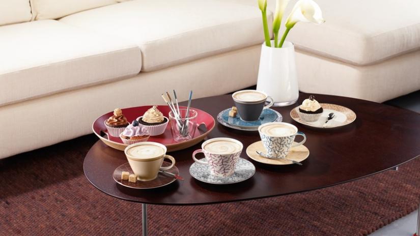 stół owalny kawowy