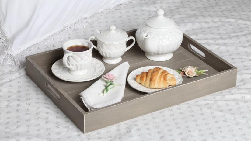 stolik do łóżka vintage