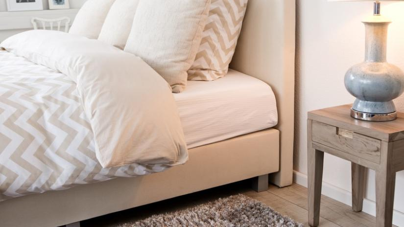 łóżko 90x200 tapicerowane