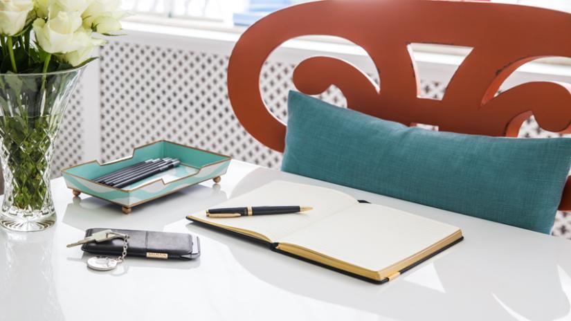 biurko narożne białe