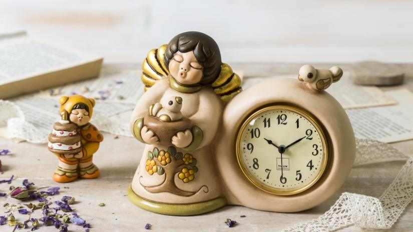 figurki drewniane aniołków