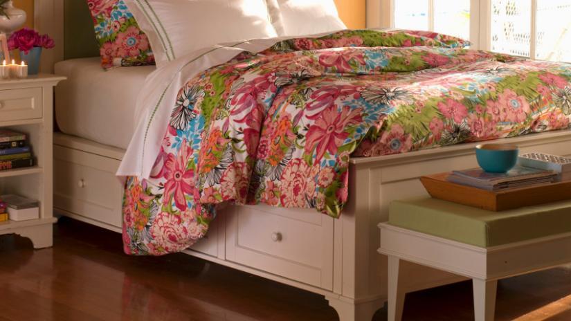 łóżko do małej sypialni