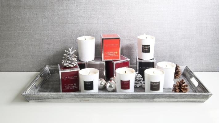 zimowe dekoracje z szyszek