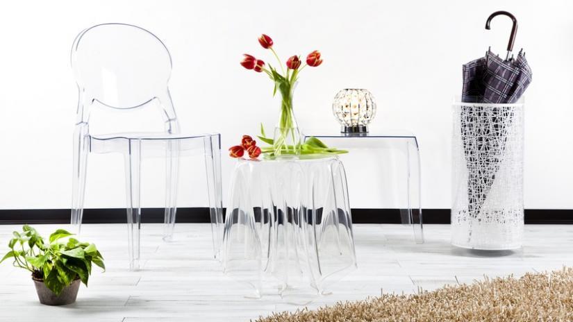 krzesło przezroczyste plastikowe