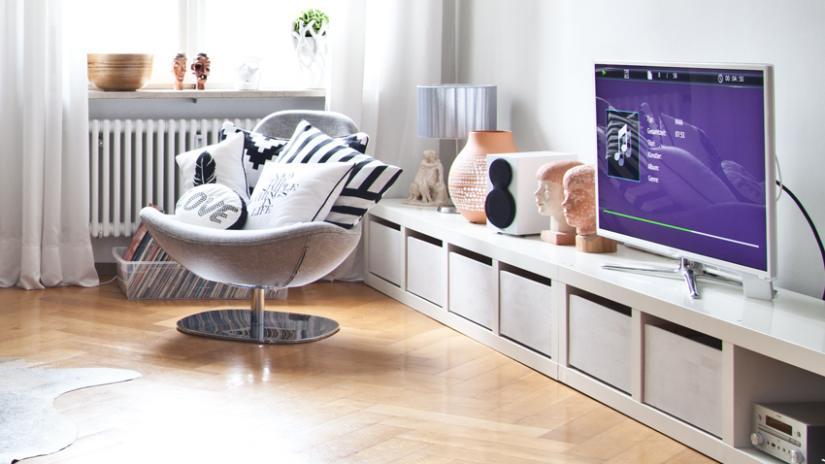 szafka RTV w stylu skandynawskim do salonu