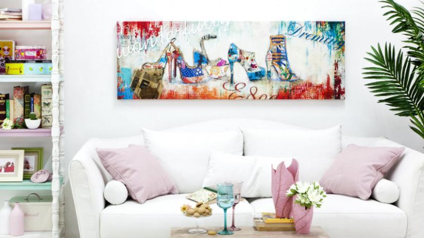 sofa w stylu prowansalskim biała