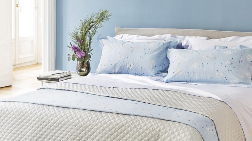 nowoczesne narzuty na łóżko do sypialni