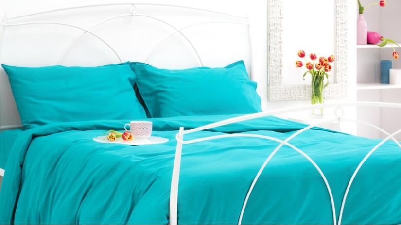narzuta turkusowa do sypialni