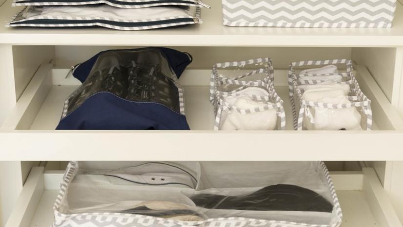 regały plastikowe do garderoby